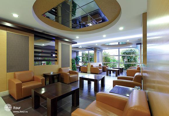Julian Club Hotel 8