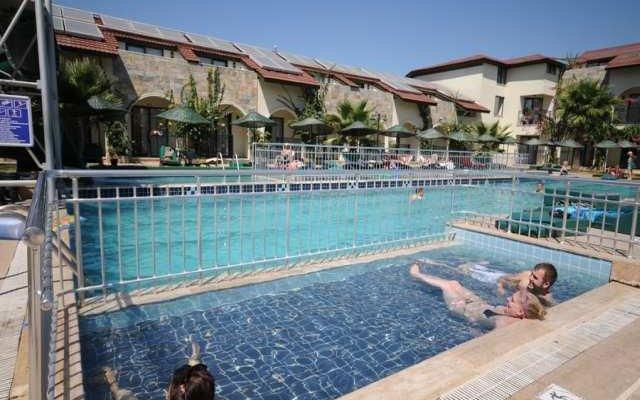 Sunlove Hotel 5