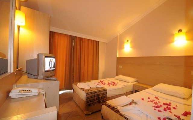 Sunlove Hotel 10