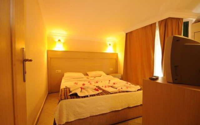 Sunlove Hotel 8