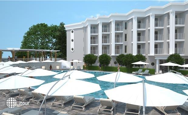 Luna Beach Deluxe Hotel (ex. Caprice Beach) 2