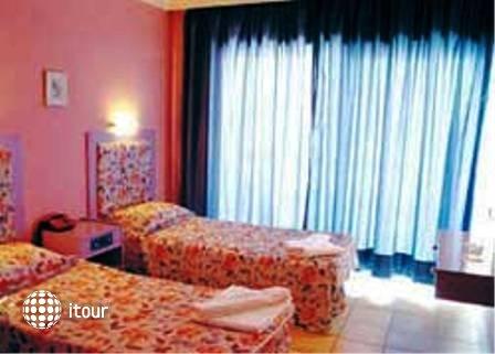 Hotel 55 2