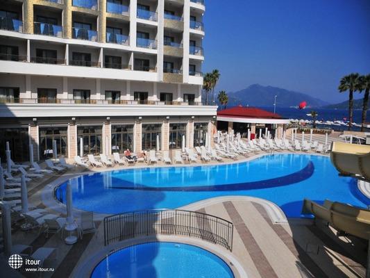 Фото отеля Golden Rock Beach Hotel 5 звезд (голден рок бич ...
