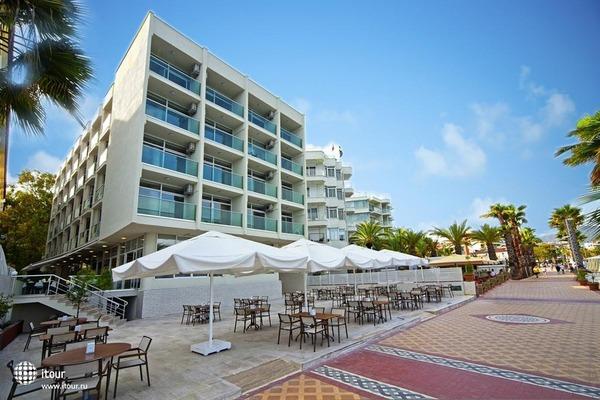 Sol Beach Hotel 1