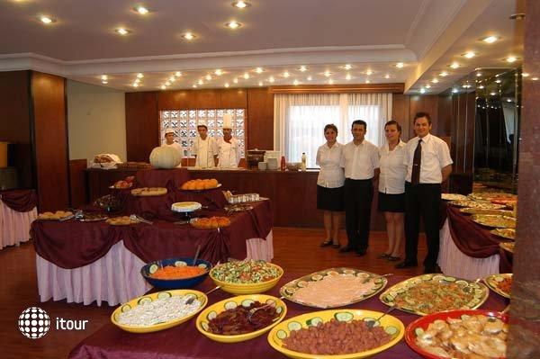 Sun Bay Hotel 9
