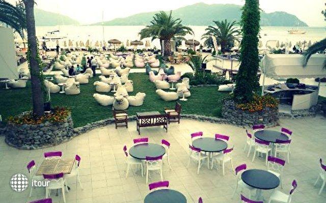 Dora Beach Hotel 8