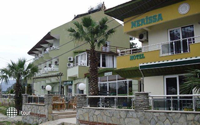 Anerissa Hotel 4