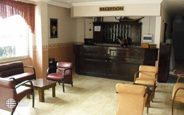 Anerissa Hotel 6