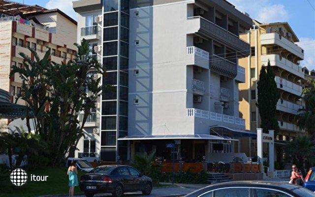Gold Kaya Hotel 8