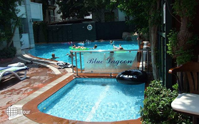 Blue Lagoon Apart Hotel 9