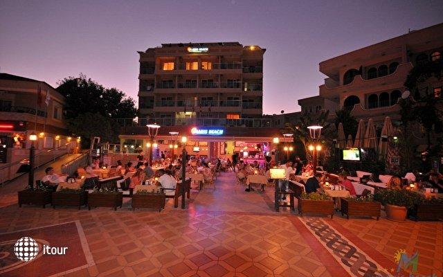 Maris Beach Hotel 9