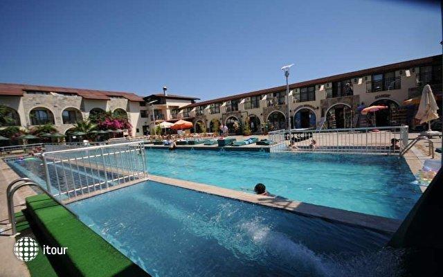 Sun Love Hotel 7