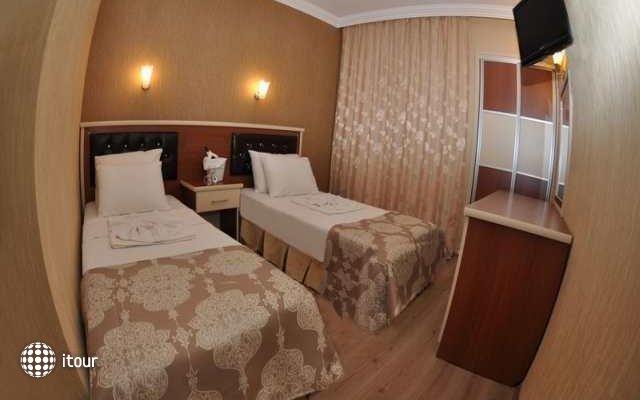 Epic Hotel 6