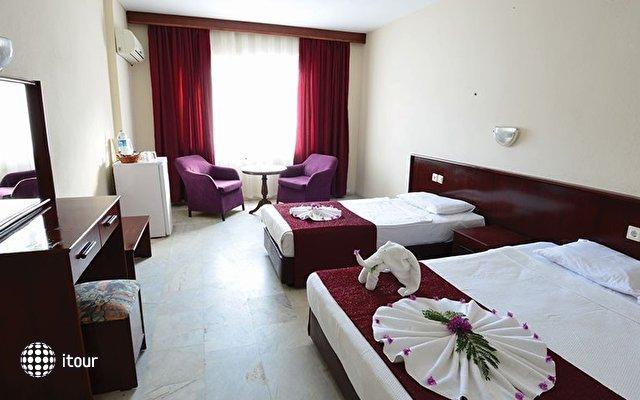 Zeus Turunc Hotel 9