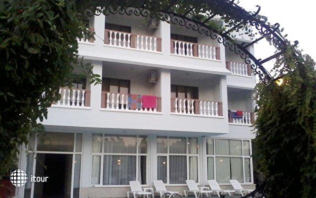 Unver Hotel 2