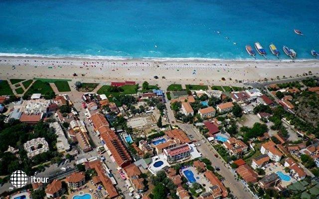 Tonoz Beach Hotel 1