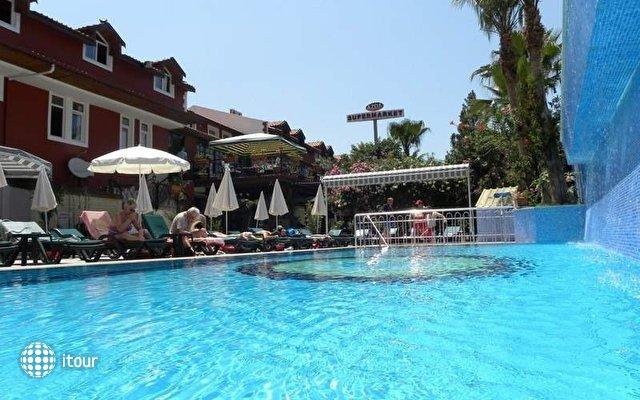 Tonoz Beach Hotel 7