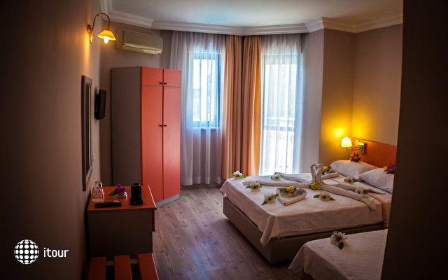 Remer Hotel 8
