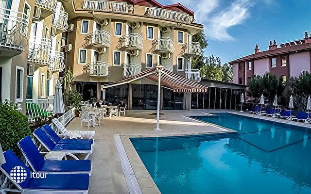 Remer Hotel 4