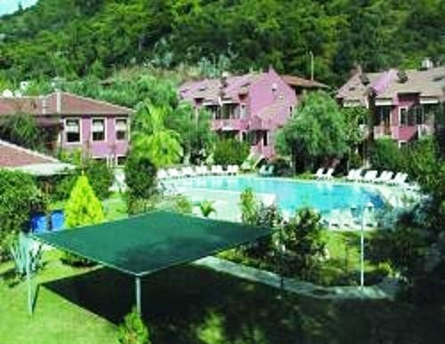 Club Paradise 1