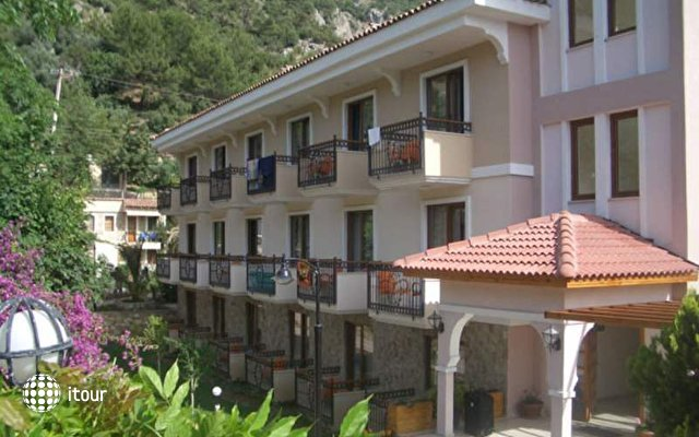 Perdikia Hotel 4