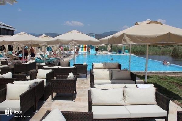 Jiva Beach Resort 10