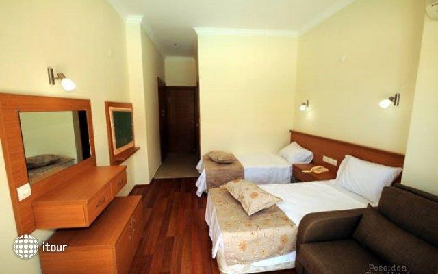 Poseidon Club Hotel 4