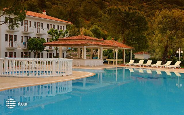 White Hotel 6
