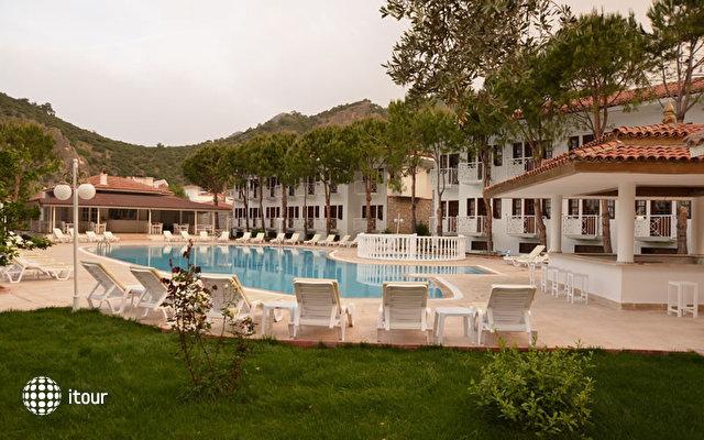 White Hotel 8