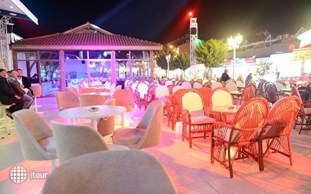 Marcan Beach Hotel 8