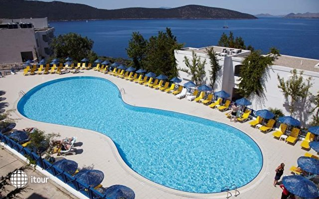 Bodrum Holiday Resort & Spa (ex. Majesty Club Hotel Belizia)  5