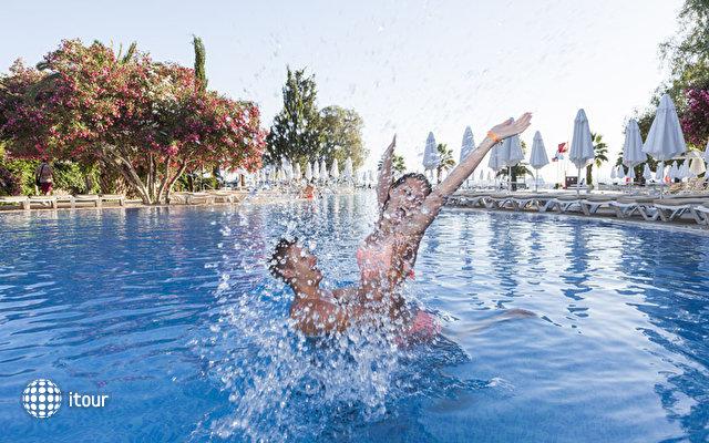 Vera Miramar Resort (ex. Vera Tmt) 2