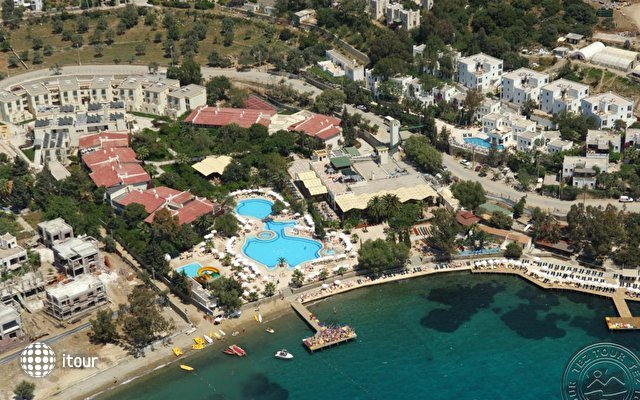Vera Miramar Resort (ex. Vera Tmt) 1