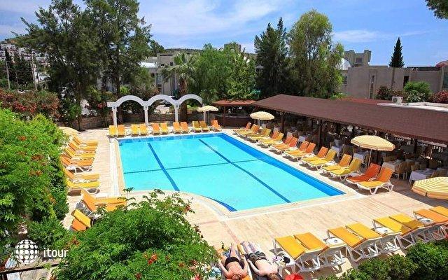 Natur Garden Hotel 8