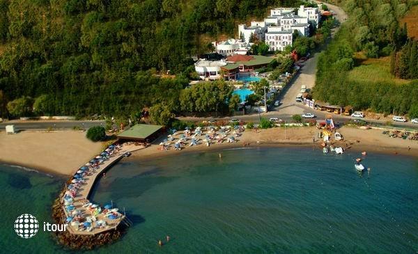 Golden Beach Hotel 1