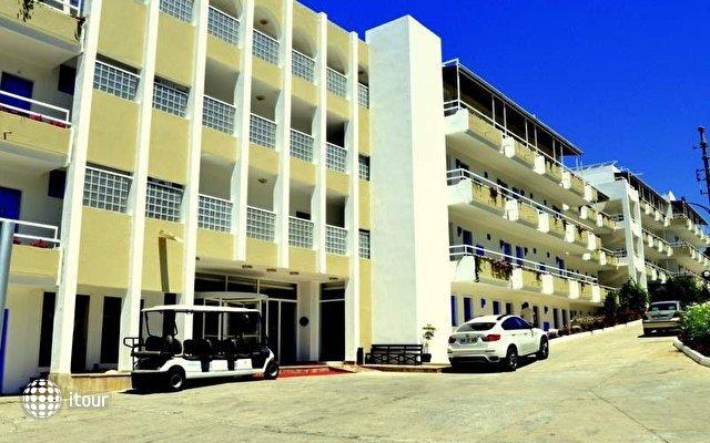 Woxxie Hotel (еx. Hotel Feye Pinara) 2