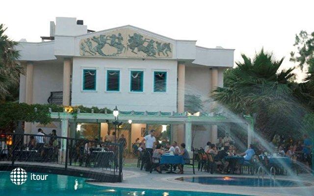 Grand Levent Hotel 3