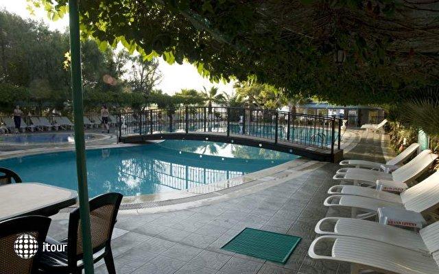 Grand Levent Hotel 2