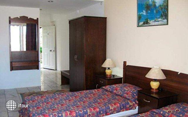 Family Belvedere Hotel 8