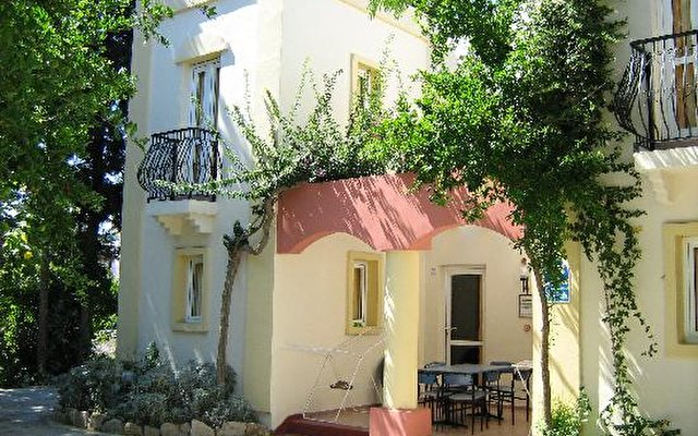 Paloma Bitez Apartments 1