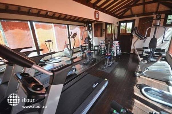 El Vino Hotel & Suites 4
