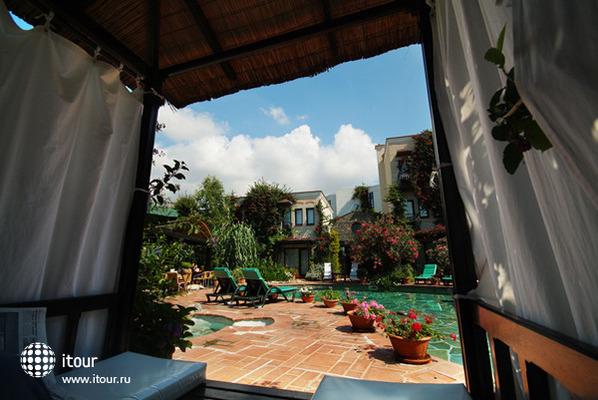 El Vino Hotel & Suites 3
