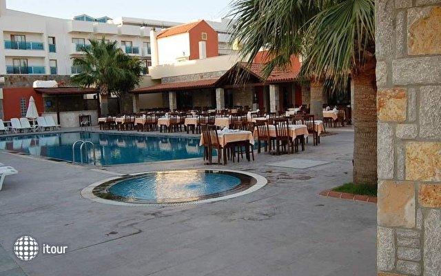 Serene Beach Resort (ex. Kerem Resort) 4