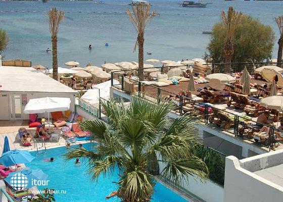 Turihan Beach Hotel 4