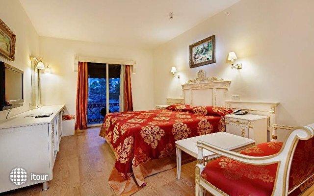 Cesars Bodrum Suite & Boutique Hotel 7