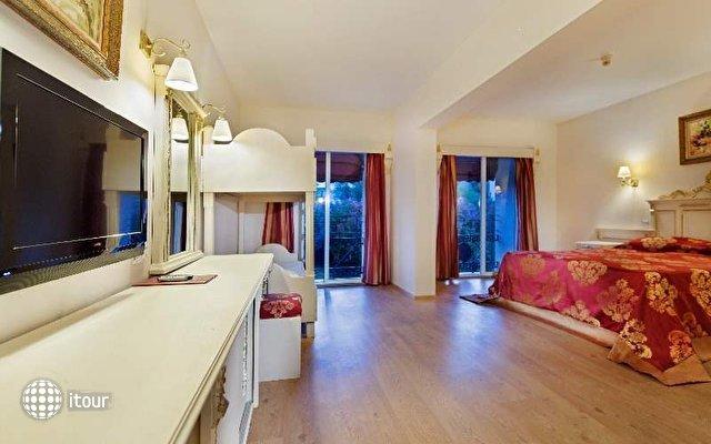 Cesars Bodrum Suite & Boutique Hotel 8