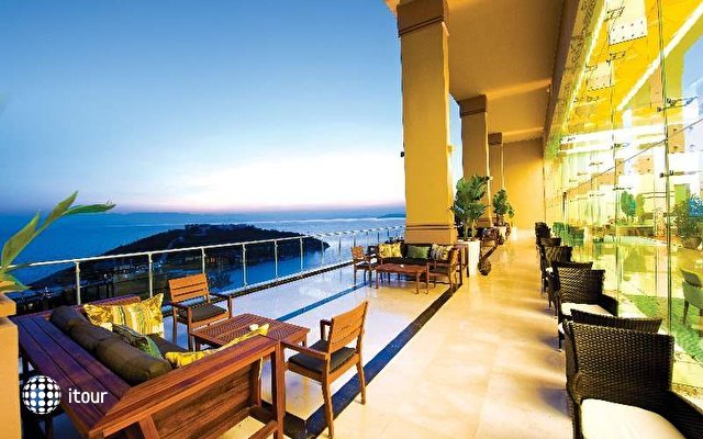 Hilton Bodrum Turkbuku Resort & Spa 9