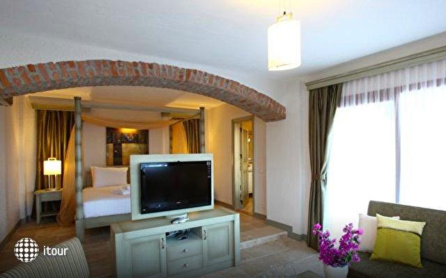 Temenos Hotel 4
