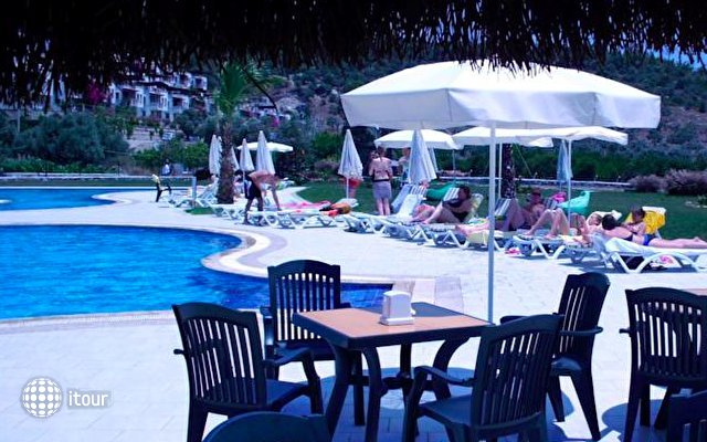 Iassos Modern Resort Hotel 10