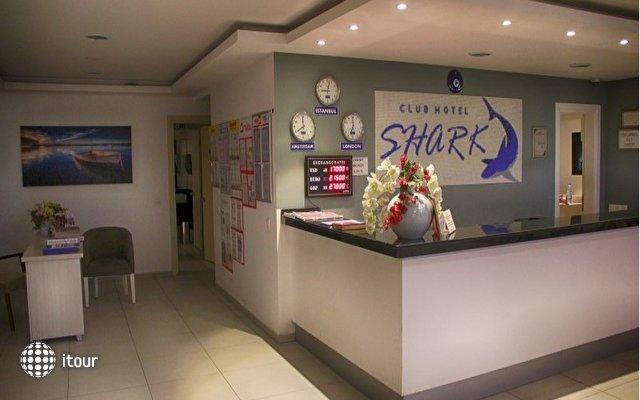 Shark Club Hotel 2